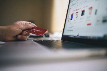 webshop vásárlás hitelkártyával
